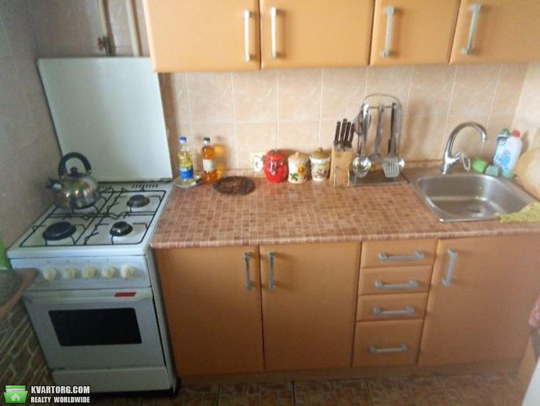 продам 2-комнатную квартиру Киев, ул. Приречная 17 - Фото 2