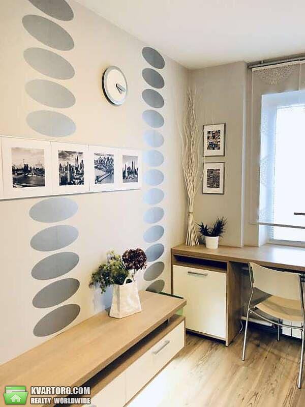продам 3-комнатную квартиру Киев, ул. Автозаводская 5 - Фото 3