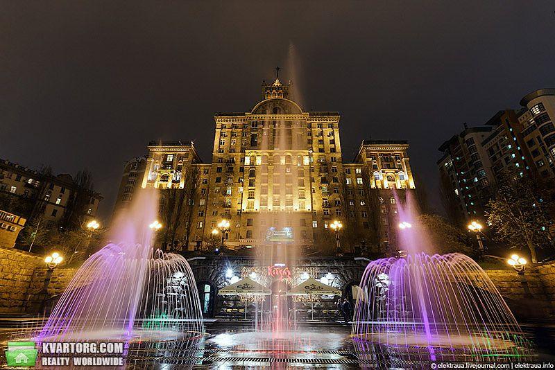 куплю 2-комнатную квартиру. Киев, ул. Крещатик . Цена: 220000$  (ID 2070469)