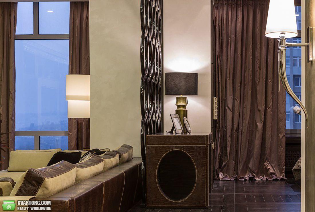 продам 2-комнатную квартиру Днепропетровск, ул.Карла Маркса проспект - Фото 4