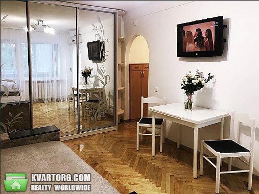 сдам 2-комнатную квартиру Киев, ул. Метростроевская 4 - Фото 1