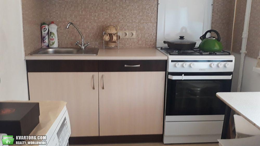 продам 2-комнатную квартиру Киев, ул. Курнатовского 17б - Фото 1