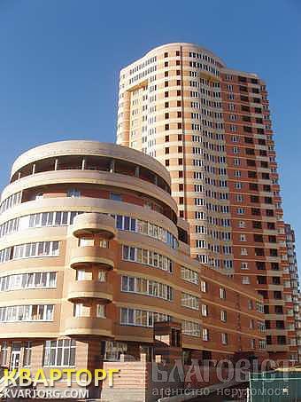 продам 3-комнатную квартиру Киев, ул. Срибнокильская