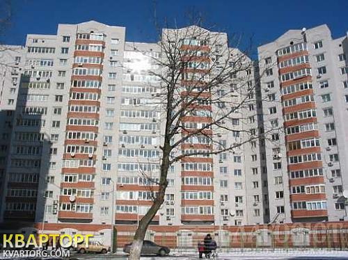 продам 5-комнатную квартиру Киев, ул. Вузовская