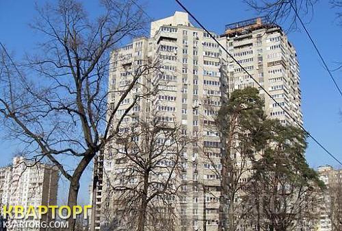 продам 3-комнатную квартиру Киев, ул. Святошинская пл