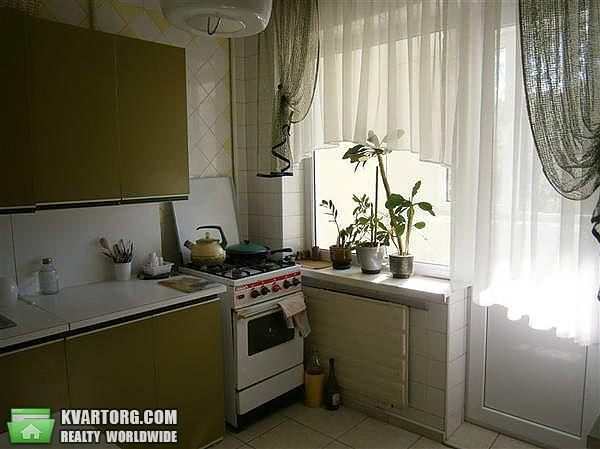 продам 3-комнатную квартиру Киев, ул. Дружбы Народов пл 1 - Фото 1