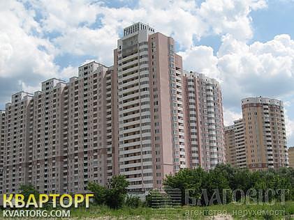 продам 3-комнатную квартиру Киев, ул. Пчелки
