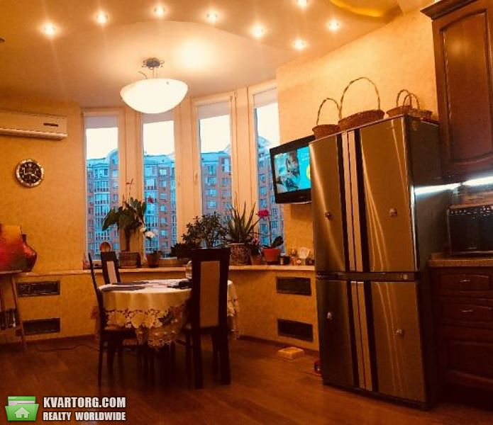 продам 3-комнатную квартиру. Киев, ул. Героев Сталинграда пр 4. Цена: 234000$  (ID 2160418) - Фото 3