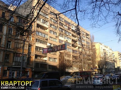 продам 2-комнатную квартиру Киев, ул. Толстого