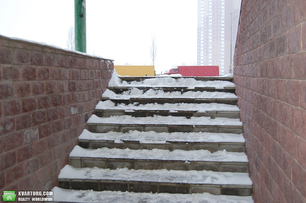 продам нежилой фонд Киев, ул.Радунская - Фото 5