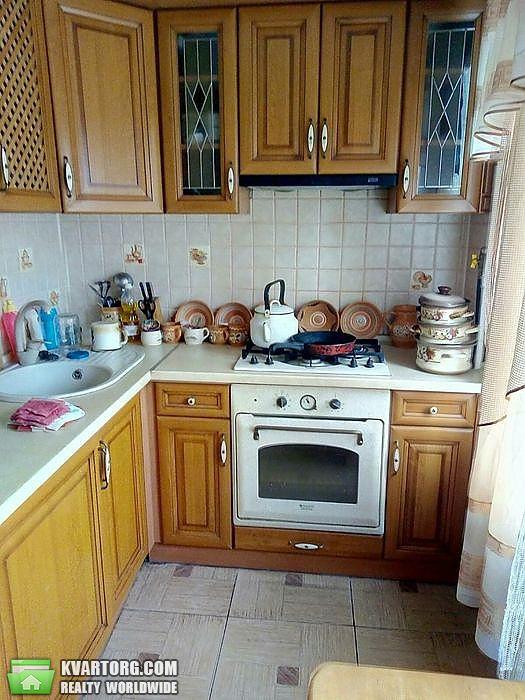 продам 2-комнатную квартиру Киев, ул. Героев Обороны 7 - Фото 1