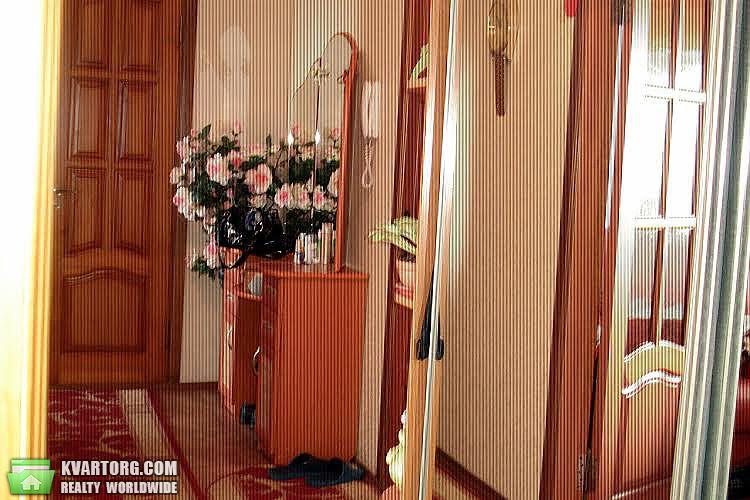 продам 2-комнатную квартиру Киев, ул.Августина Волошина 2 - Фото 2