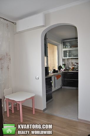 продам 3-комнатную квартиру Киев, ул. Героев Сталинграда пр 27а - Фото 2
