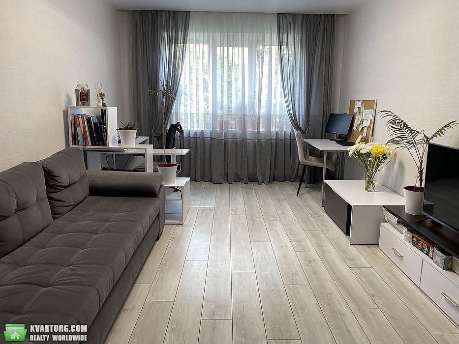 продам 3-комнатную квартиру Киев, ул. Свободы пр 17 - Фото 1