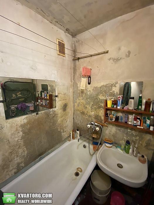 продам 3-комнатную квартиру Киев, ул. Приречная 17 - Фото 4