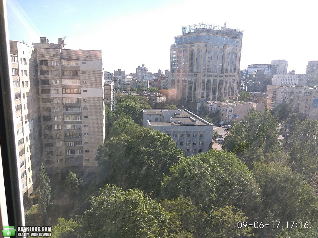 продам 3-комнатную квартиру Киев, ул. Суворова 11 - Фото 9