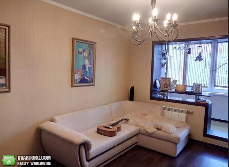 продам 3-комнатную квартиру Борисполь, ул.Момота - Фото 1