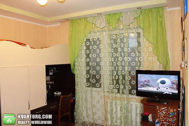 продам 4-комнатную квартиру. Киев, ул. Ялтинская 15. Цена: 56000$  (ID 2070295) - Фото 8