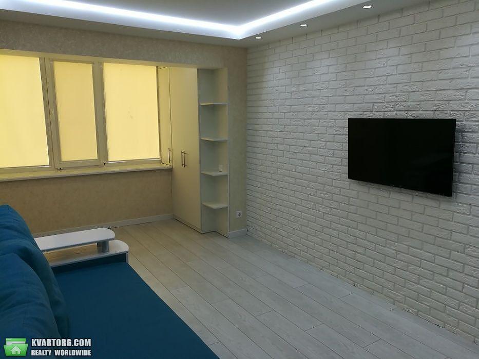 продам 2-комнатную квартиру Киев, ул. Минский пр 10 - Фото 2