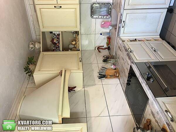 продам 2-комнатную квартиру Киев, ул. Приозерная 2б - Фото 2