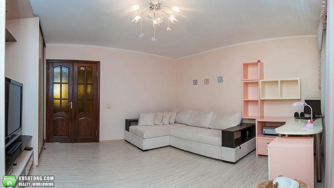 продам 2-комнатную квартиру Киев, ул. Полярная 8е - Фото 1