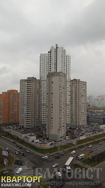 продам 2-комнатную квартиру Киев, ул. Княжий Затон