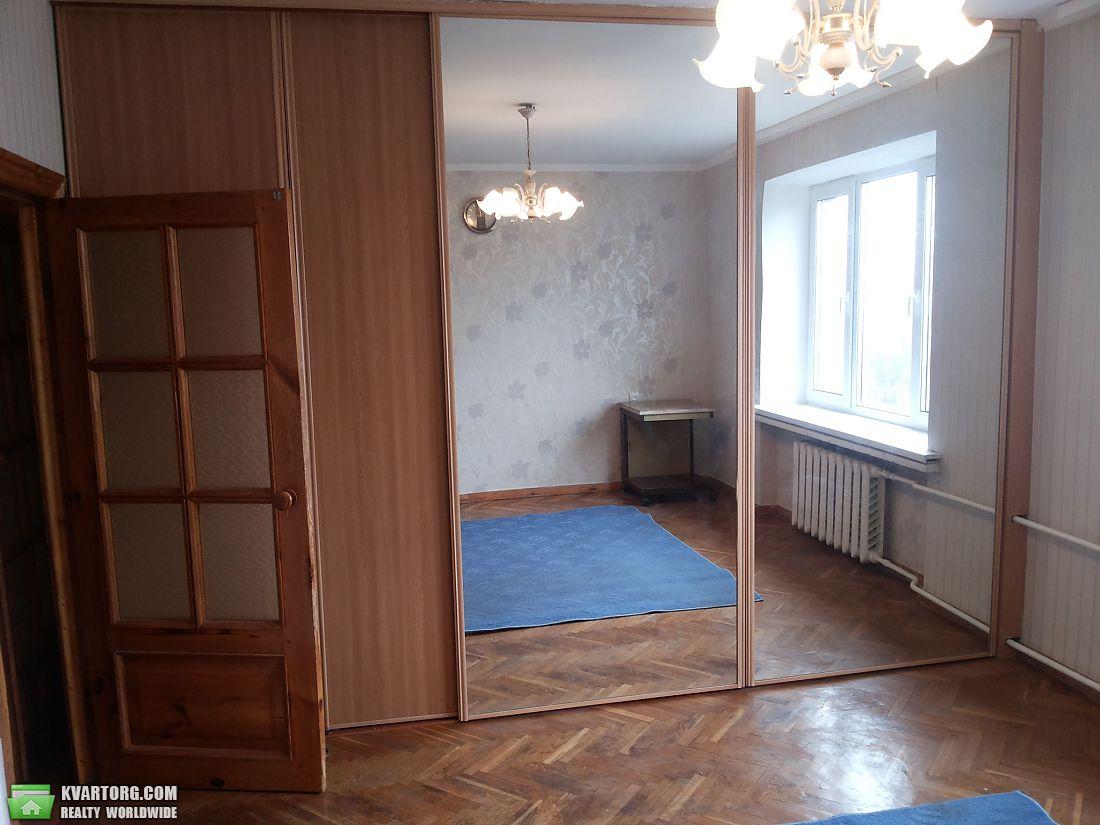 сдам 3-комнатную квартиру. Киев, ул. Леси Украинки бул . Цена: 500$  (ID 2147183) - Фото 1