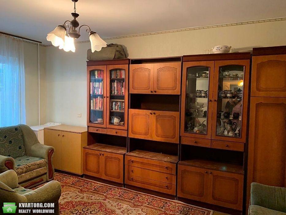 продам 2-комнатную квартиру Киев, ул. Приречная 37 - Фото 2