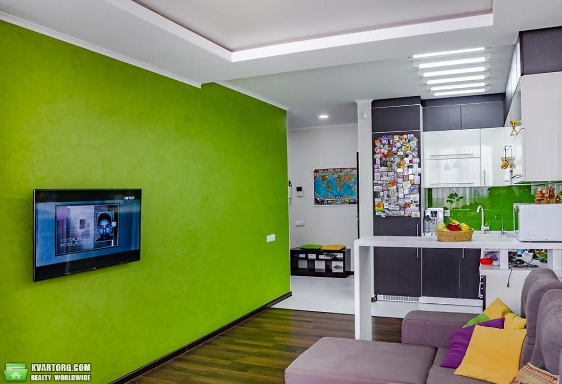 продам 2-комнатную квартиру Киев, ул. Дегтяренко 33 - Фото 1