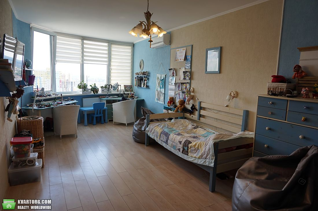 продам 2-комнатную квартиру Киев, ул.Харьковское шоссе 19а - Фото 5
