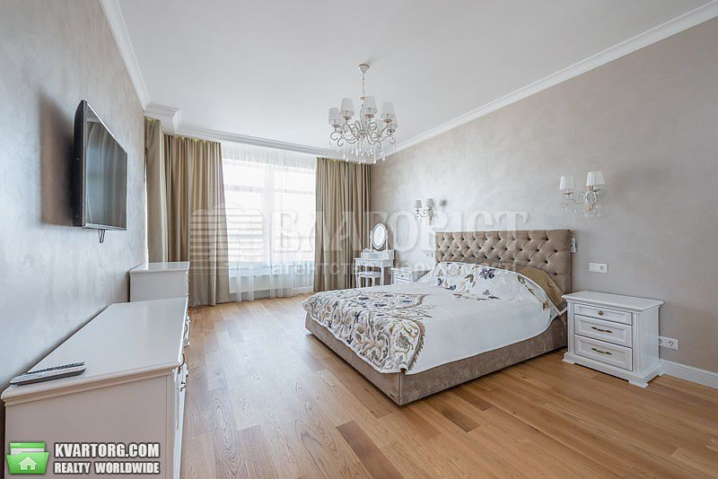 сдам 3-комнатную квартиру. Киев, ул. Кловский спуск 7. Цена: 2400$  (ID 2112276) - Фото 1