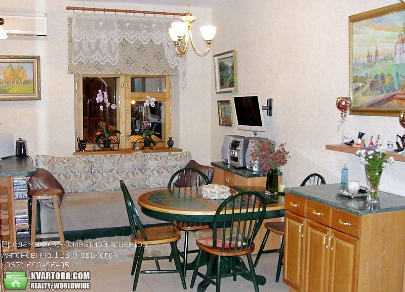 продам 2-комнатную квартиру Киев, ул. Антоновича 123 - Фото 4