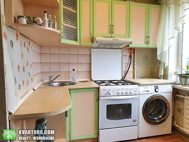 продам 3-комнатную квартиру Киев, ул. Богатырская 4 - Фото 1