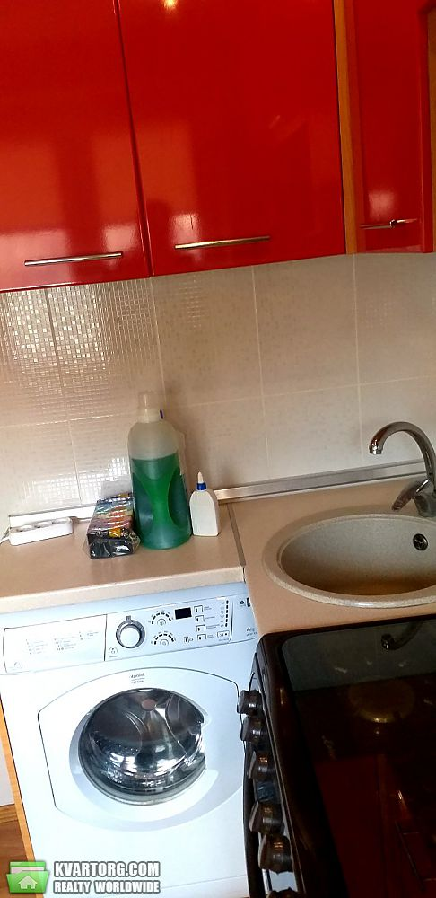 продам 2-комнатную квартиру Харьков, ул.Тракторостромителей 83б - Фото 1