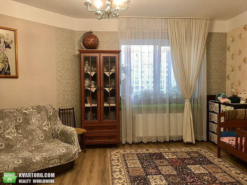 продам 2-комнатную квартиру Киевская обл., ул.Небесной сотни 34 - Фото 4