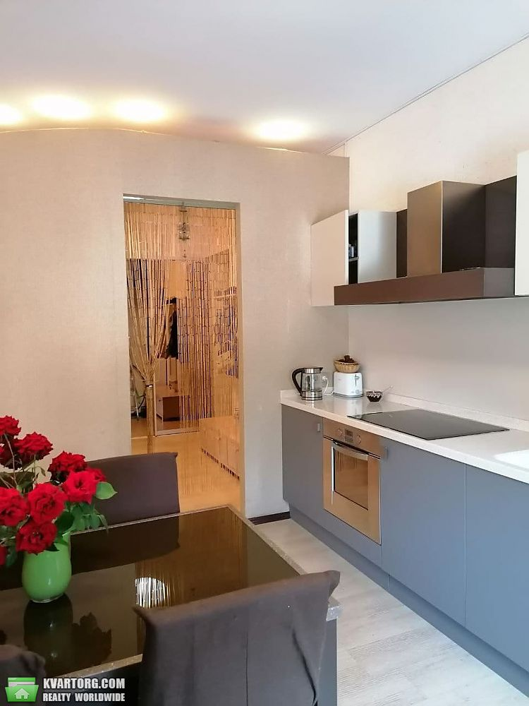 продам 3-комнатную квартиру Днепропетровск, ул.Карла Маркса 001 - Фото 1
