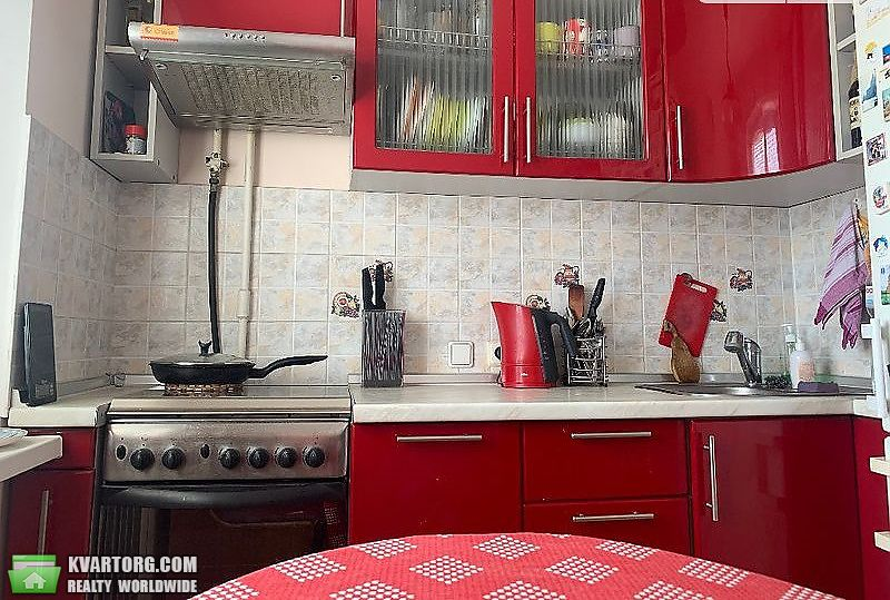 продам 2-комнатную квартиру Киев, ул. Малиновского 13 - Фото 1