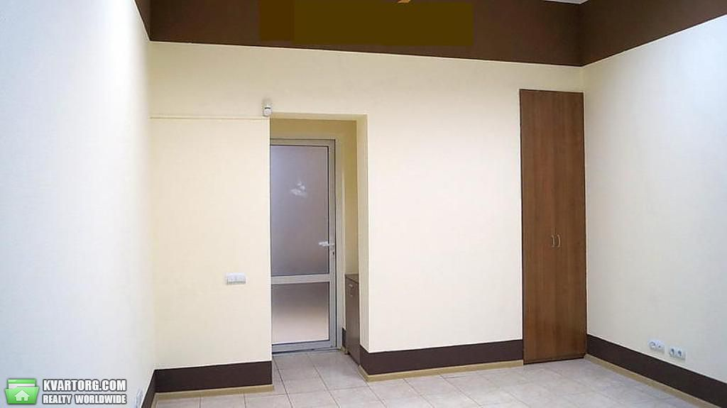 сдам 5-комнатную квартиру. Киев, ул. Богдана Хмельницкого . Цена: 1833$  (ID 2252289) - Фото 4