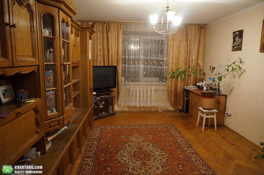 продам 3-комнатную квартиру Киев, ул. Ахматовой 3 - Фото 2