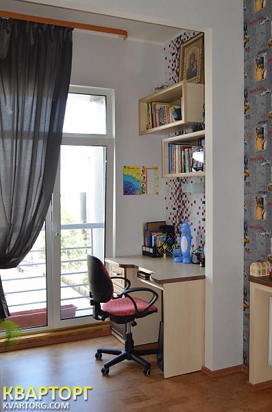 продам 4-комнатную квартиру Днепропетровск, ул.рогалева 28 - Фото 4